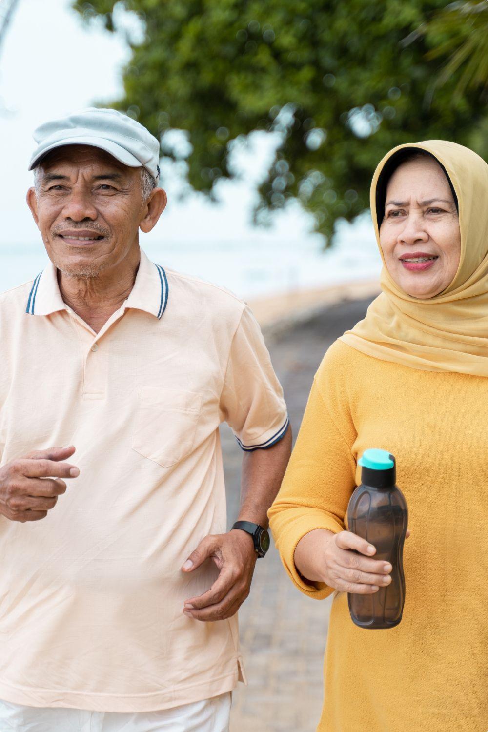 muslim-mature-couple-doing-jogging-together